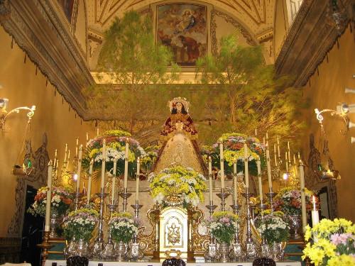 Virgen del Rocío vestida de pastora